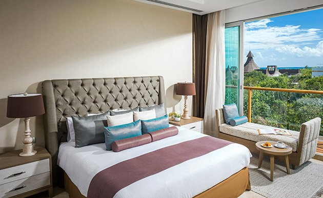 The Grand Luxxe at Vidanta Riviera Maya-2 BR Suite w/Spa, holiday rental in Solidaridad