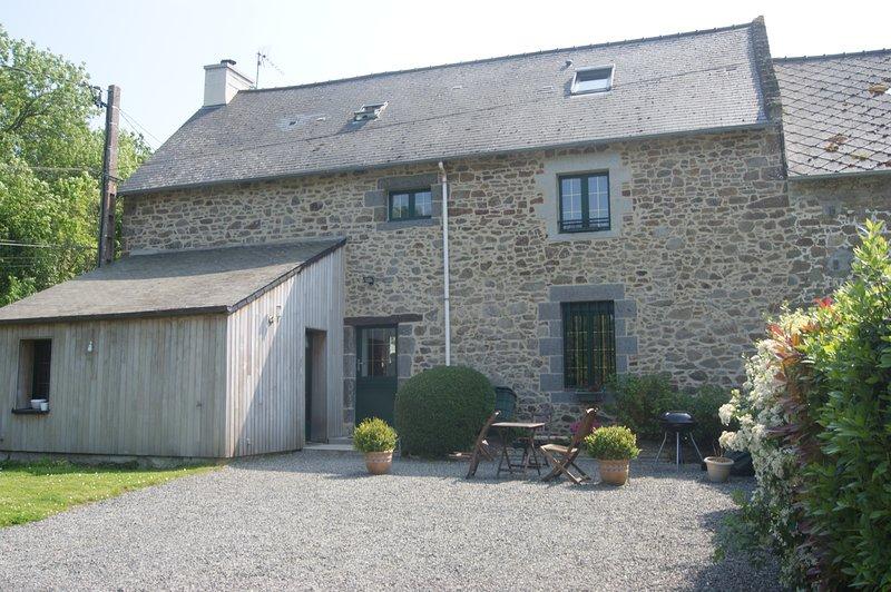 Chambre D Hotes Pres De St Malo 1 Has Internet Access And Wi Fi