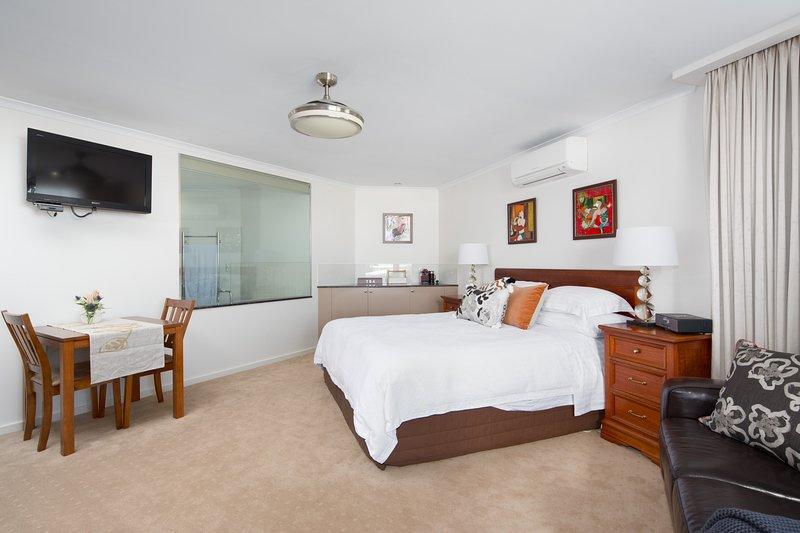 Luna Blu - Recarga Suite & Spa, Rhyll, Phillip Island.