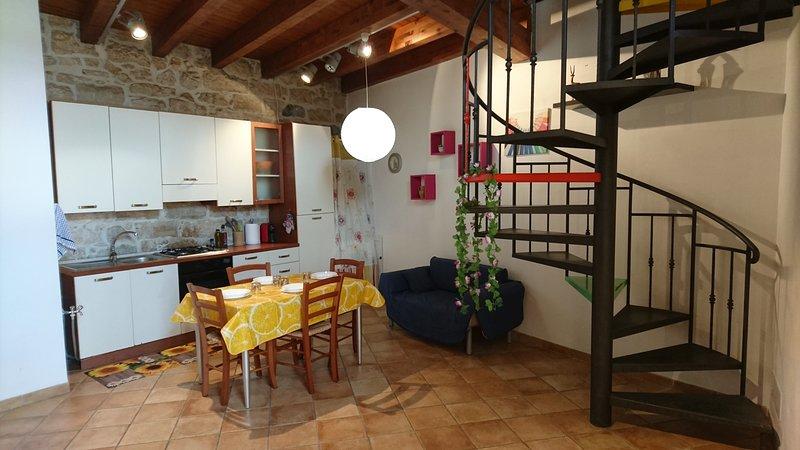 Casa vacanza ''La Scinnuta'' Alcamo, holiday rental in Alcamo
