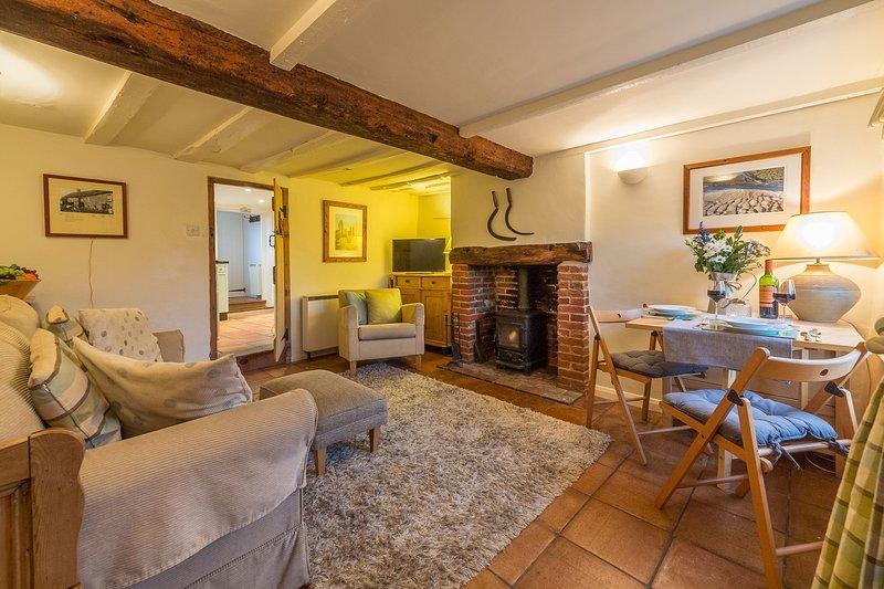 Muckledyke Cottage, holiday rental in Warham