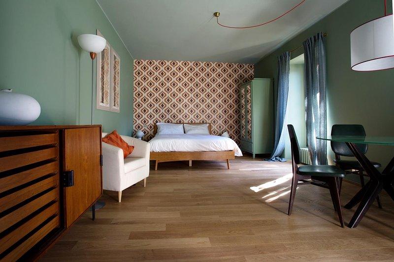 Domus Plinii 1972 Suites - Suite al primo piano, holiday rental in Palanzo