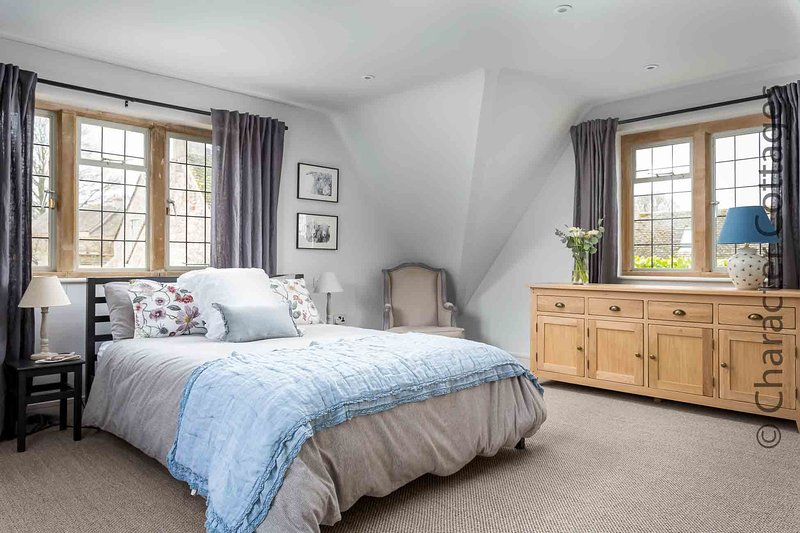 Willows House is a lovely detached property, located on a quiet road near Stow, casa vacanza a Stow-on-the-Wold