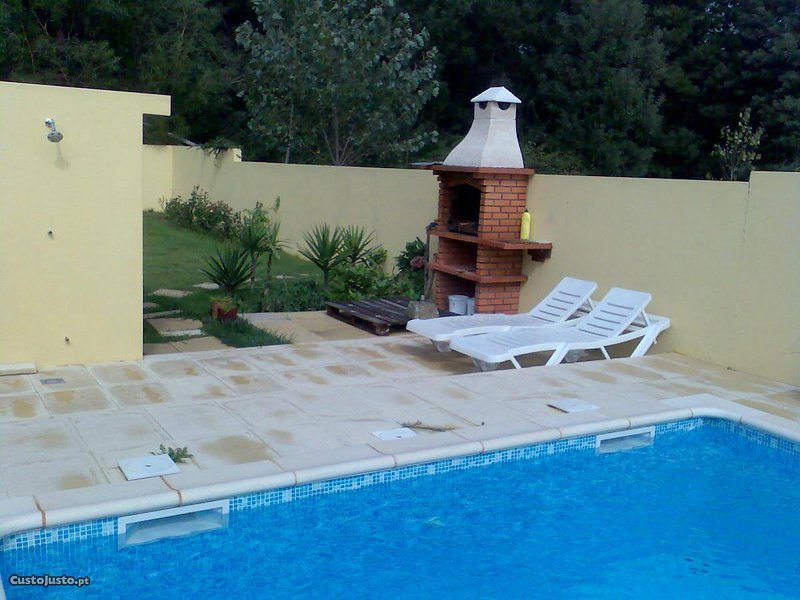 Spacious villa with swimming-pool, vacation rental in Afife