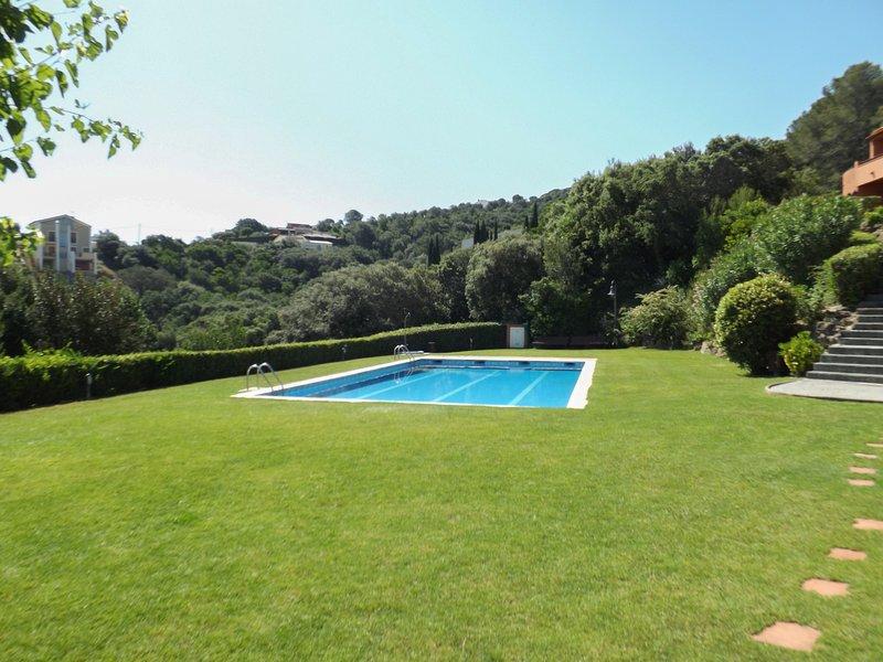 community with pool,  garden and sea views-SA PUNTA COSTA BRAVA