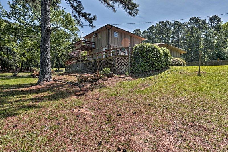 Esta casa se encuentra a pocos pasos de Toledo Bend lago!