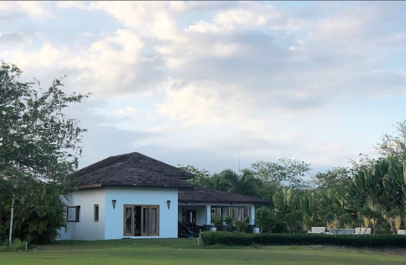 MBhome Guavaberry Golf & Country Club, holiday rental in San Pedro de Macoris