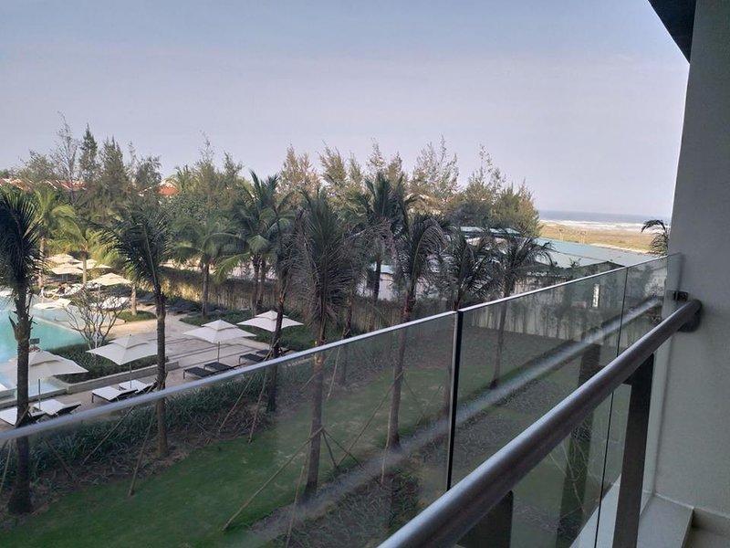 bancony con poco vista al mar