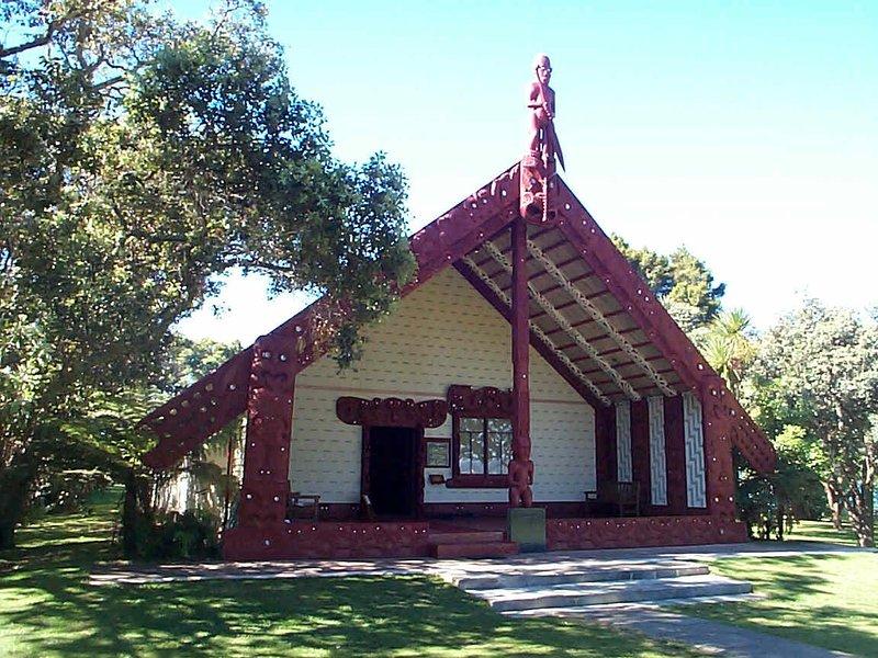 Waitangi, el lugar de nacimiento de nuestra nación, está a solo 7 km. Es una excelente manera de pasar el día.