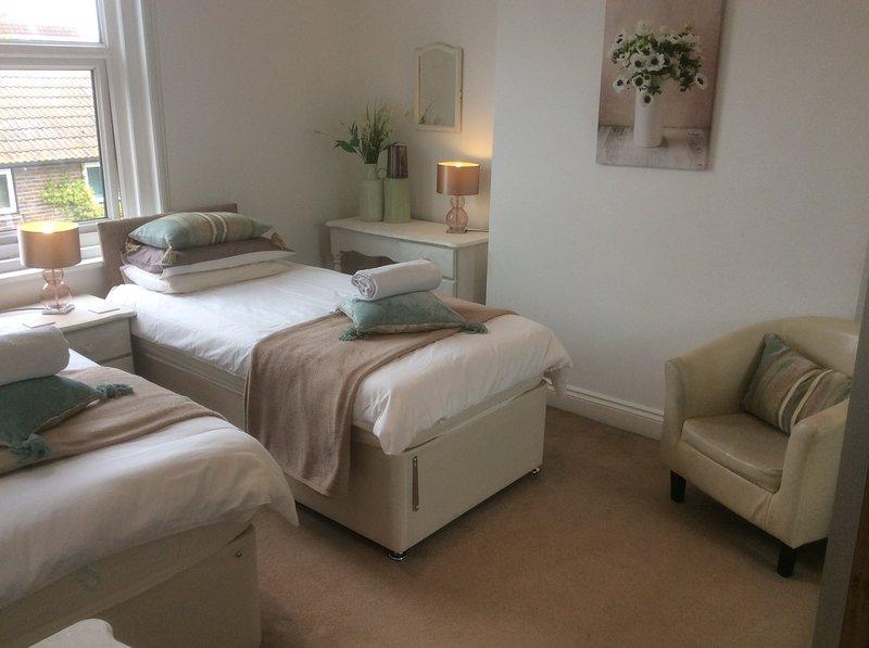 Master bed splitst in 2 grote singles voor je slapende configuratiebehoeften