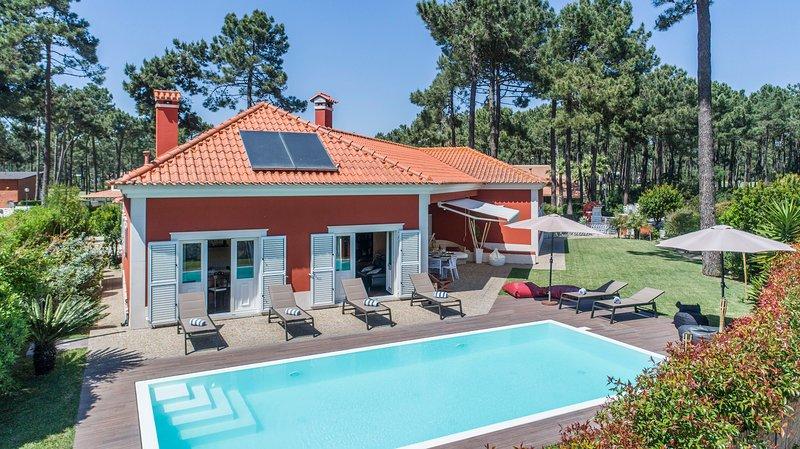 Villa dos Narcisos, holiday rental in Seixal