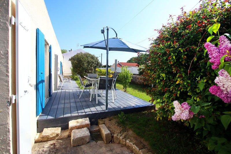 Beautiful house with swimming-pool, alquiler vacacional en La Gripperie-Saint-Symphorien