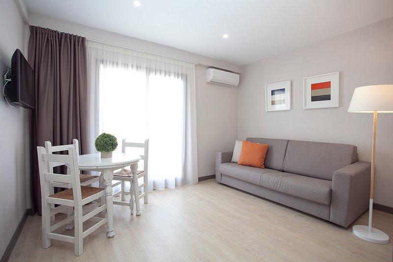 Apartments Ribera - Hall Balcony Apartment