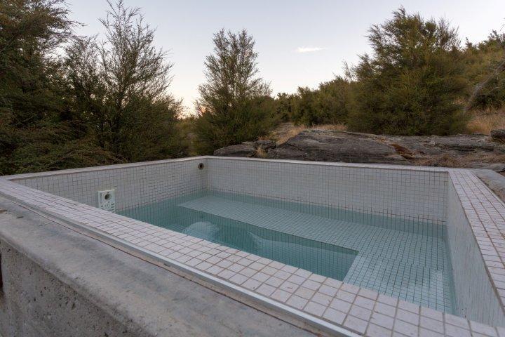 Outdoor soak tub