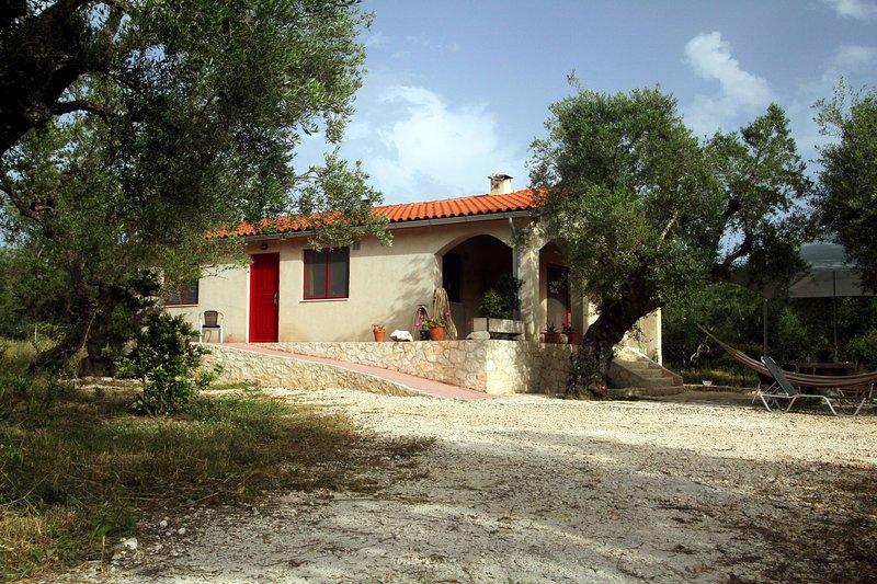 Eco-friendly Holiday Villa near Beach in Lithakia, Zakynthos Greece, holiday rental in Lithakia