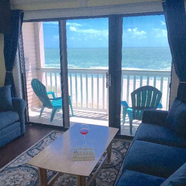 Rental Property Reviews: Amazing Beachfront Beauty On Corpus Christi