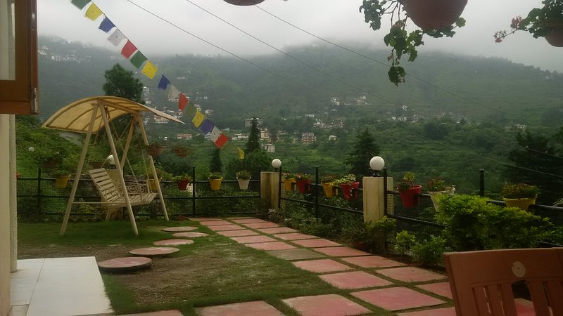 Rose Cottage Sattal Holiday Home, alquiler vacacional en Naukuchiatal