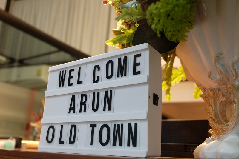 Arun Old Town located in the charming old Town area, offers authentic experience – semesterbostad i Bangkok