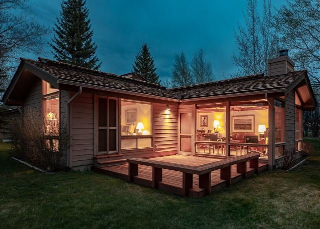 Quiet condo~Not far from town of Jackson or national parks!, vacation rental in Jackson