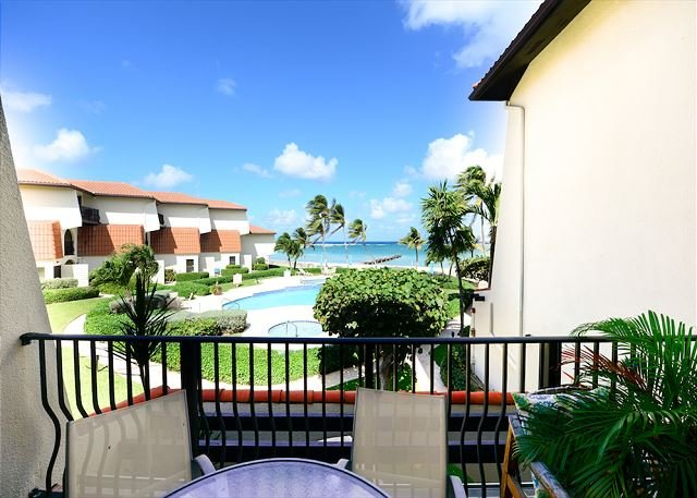 Fully Renovated, 2 bed, 3 bath, Beachfront Paradise w/ pool, holiday rental in West Bay