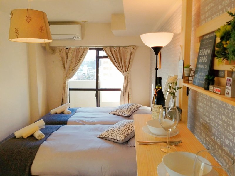 Namba,Nipponbashi 7min! OSAKA Sunshine House! # 7A, holiday rental in Namba