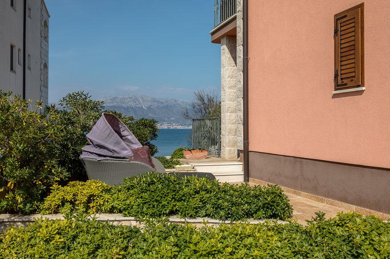 Apartments Villa San Antonio, holiday rental in Ciovo Island