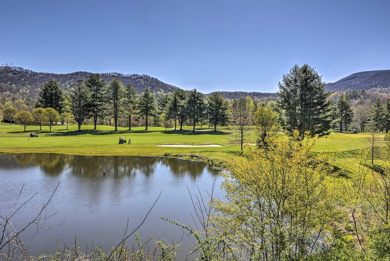 Community Amenities | Golf Course | For Additional Fee