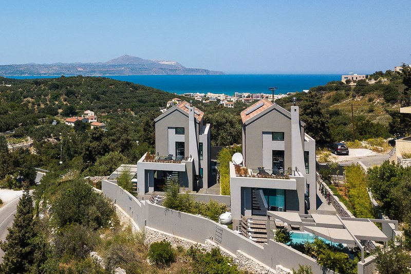 Aspro Estate Villas, Two Luxury Villas rented as one, ideal for big Groups, holiday rental in Aspro