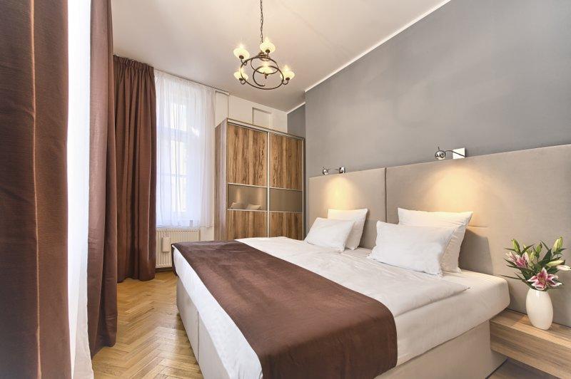 Troisième chambre avec lit double king-size