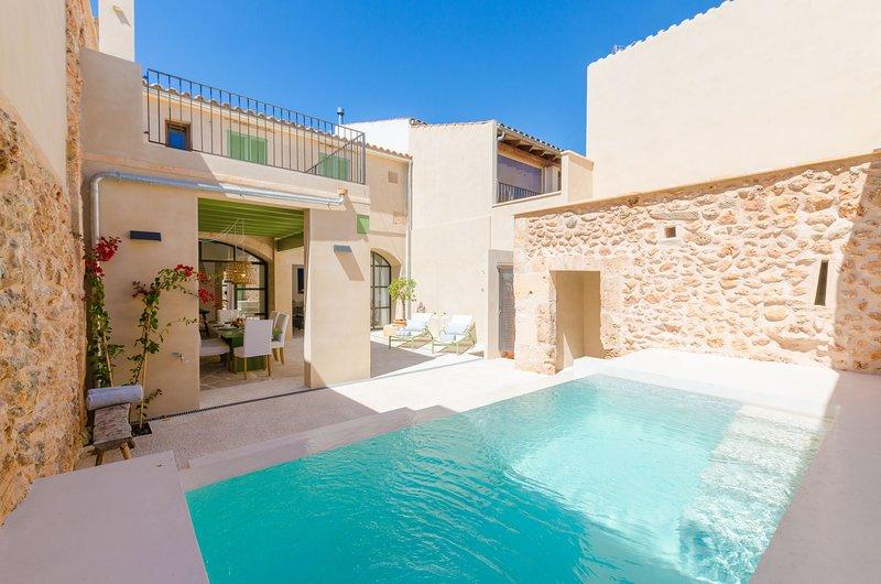 SANANOS - Villa for 6 people in CAMPOS, alquiler de vacaciones en Campos