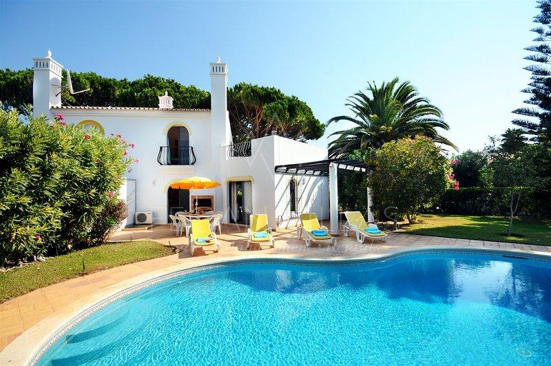 2 bedroom villa in vale do garrao faro portugal 5489459 tripadvisor vale do garrao. Black Bedroom Furniture Sets. Home Design Ideas