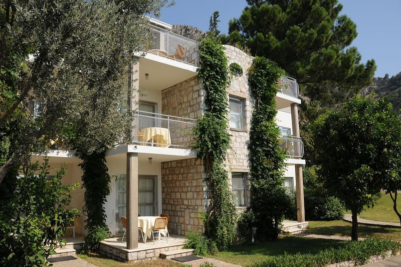 (818) Apartment One Bedroom 38 m2 (3 adults), holiday rental in Turunc