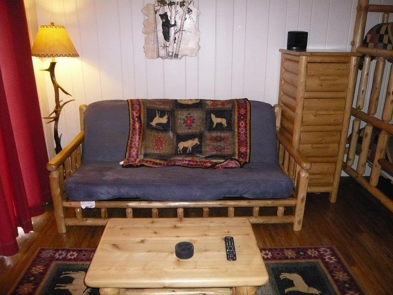 Regina futon