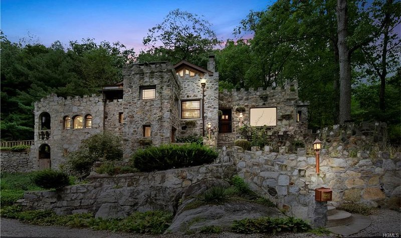 Castle By The Lake, holiday rental in Chappaqua