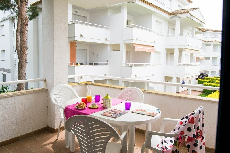 Holiday Apartment Golf and Beach.F201- COSTA BRAVA, vacation rental in Playa de Pals