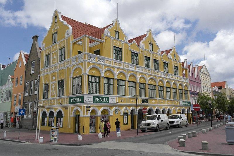 edificio de la Peña (1708) Uno de los edificios más fotografiados en el Caribe