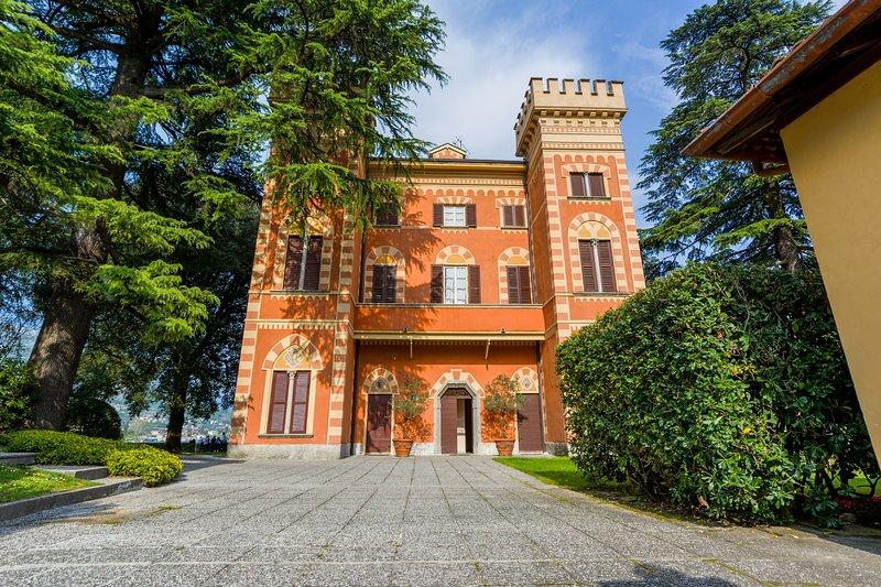 Villa de Harre Lenno where the apartment is part of the condominium