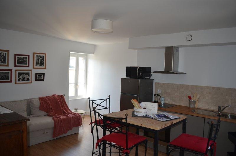 BAYEUX  CentreAppartement Cosy Le Clos Saint Martin 'Cathédrale', holiday rental in Saint-Vigor-le-Grand