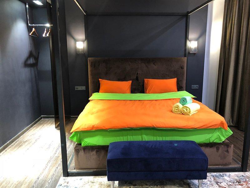 Уютная спальня / Cozy bedroom