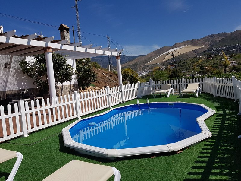 CASA RURAL EN CÓMPETA - EL CERRILLO, holiday rental in Competa