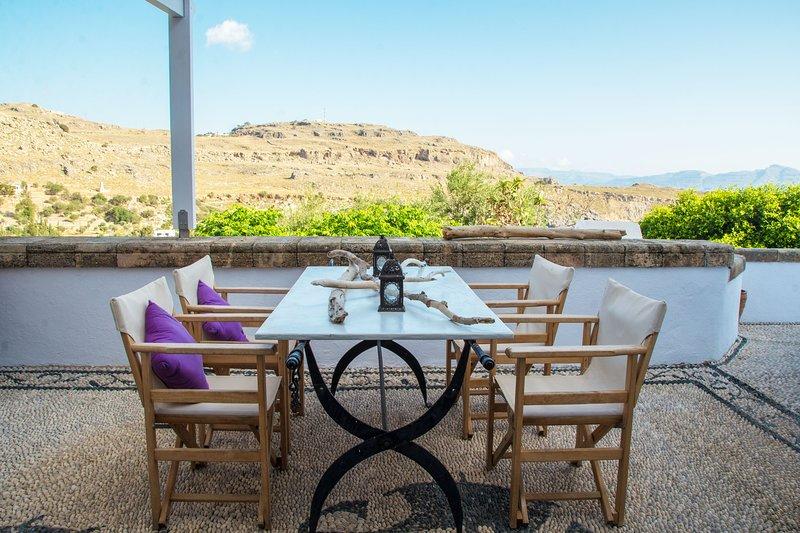 Impresionante villa con vistas a la bahía de Lindos.