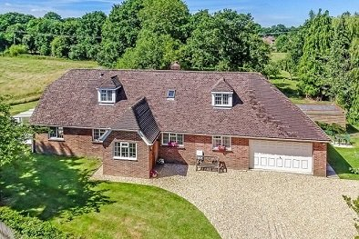 Spacious country home in West Sussex, holiday rental in Fittleworth