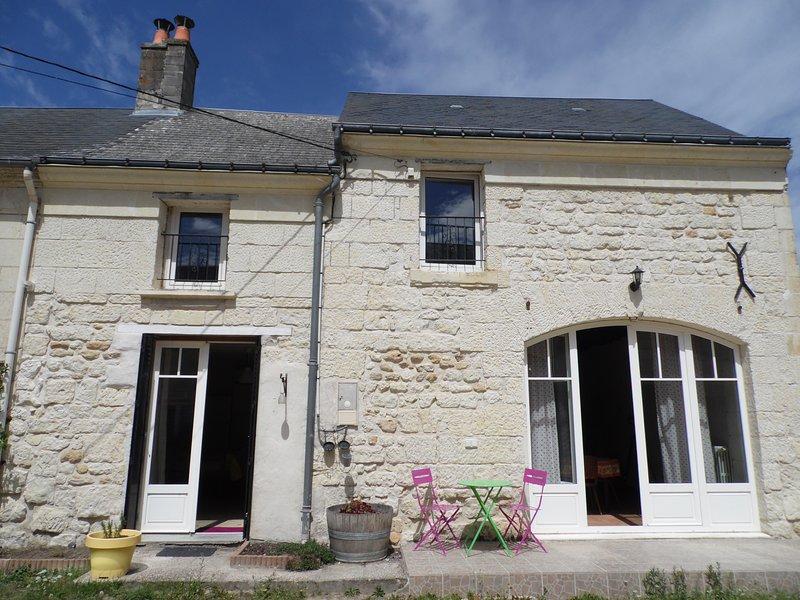 Gîte magnifique dans un lieu calme et authentique, holiday rental in Rigny-Usse