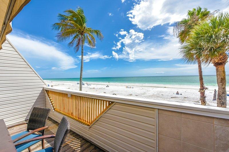 Astonishing 5 Bedroom Beachfront Home On Siesta Beach 49 Beach Rd Download Free Architecture Designs Scobabritishbridgeorg