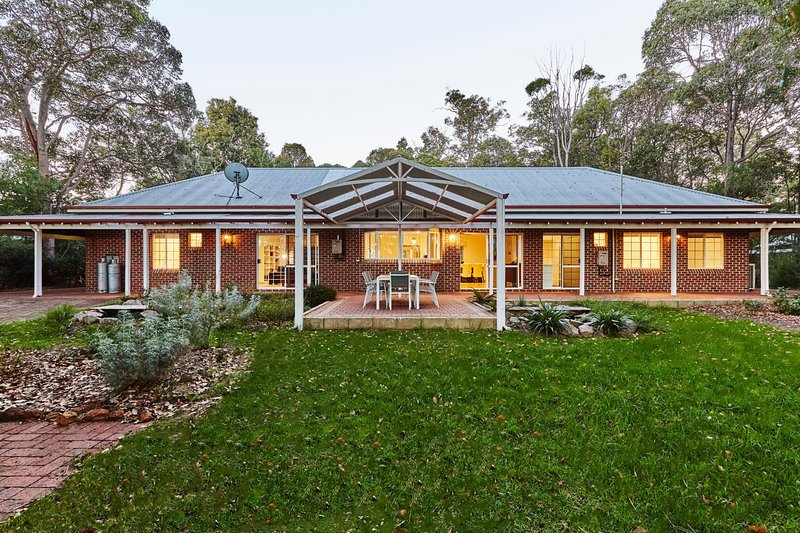 Kangaroo Lodge - Margaret River, holiday rental in Margaret River
