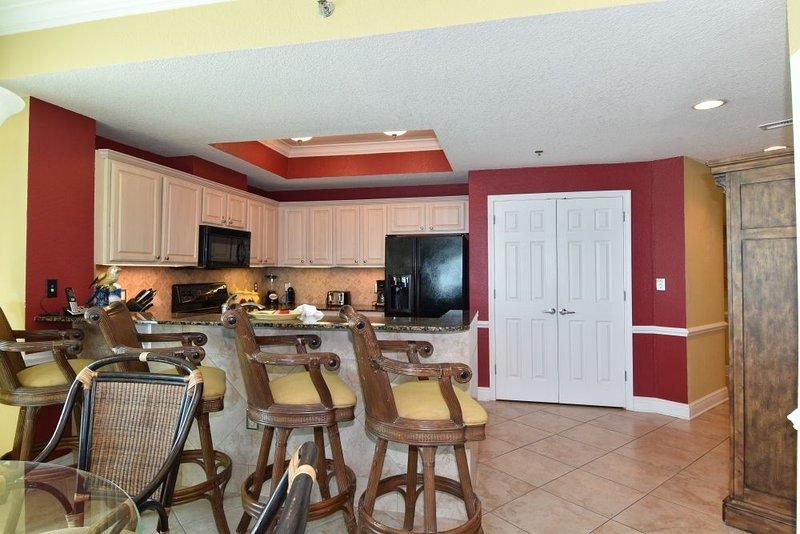 Kitchen area/Dining area
