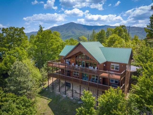 Getaway Mountain Lodge, holiday rental in Wears Valley