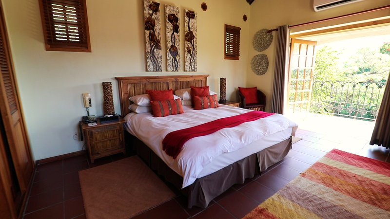 Beautiful Casa do sol Hotel & Resort - Bedroom1, vacation rental in Hazyview