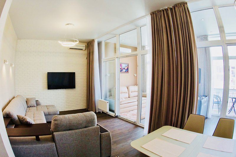 Modern and cozy apartment a few steps from the sea, fully equiped for vacations!, holiday rental in Sochi