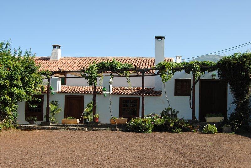 Casa del Cura Viejo (El Ostrero), aluguéis de temporada em Arafo